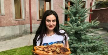 Մոնիկա Նազարյան