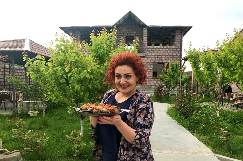 Զառա Կարապետյան
